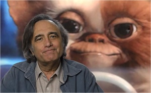Joe Dante-photo with gremlin